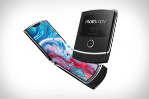 Future of Flip Phones Is Foldable